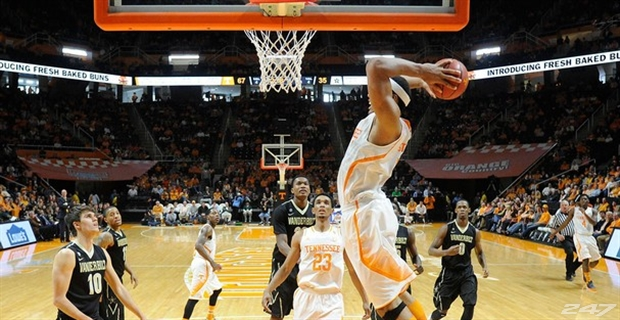 College Basketball Pick – Vanderbilt Commodores at Tennessee Volunteers